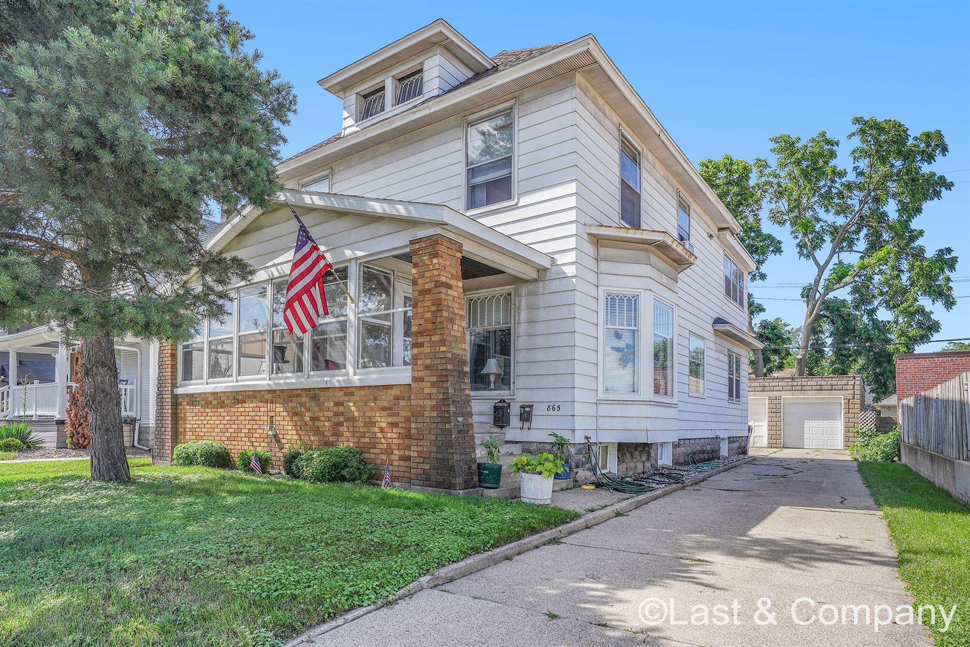 865 Leonard Street NW, Grand Rapids, MI 49504 - MLS#: 21027390