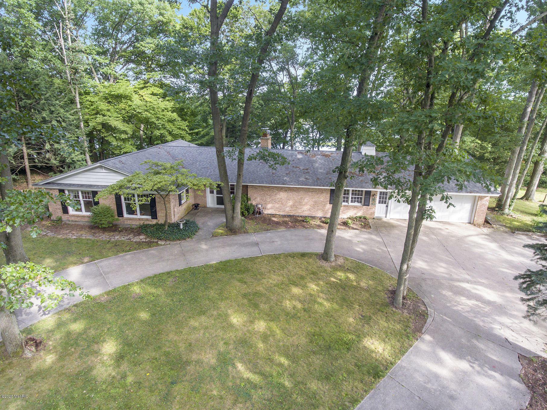 422 Lake Drive, Allegan, MI 49010 - MLS#: 20030397