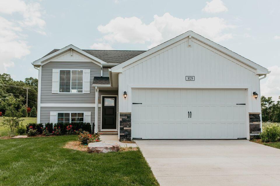 581 Cygnet Lake Drive, Benton Harbor, MI 49022 - MLS#: 21111399