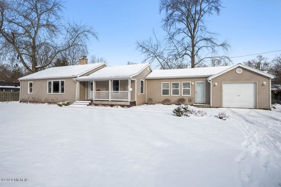 Photo for 223 WINDSOR Road, Benton Harbor, MI 49022 (MLS # 20005414)