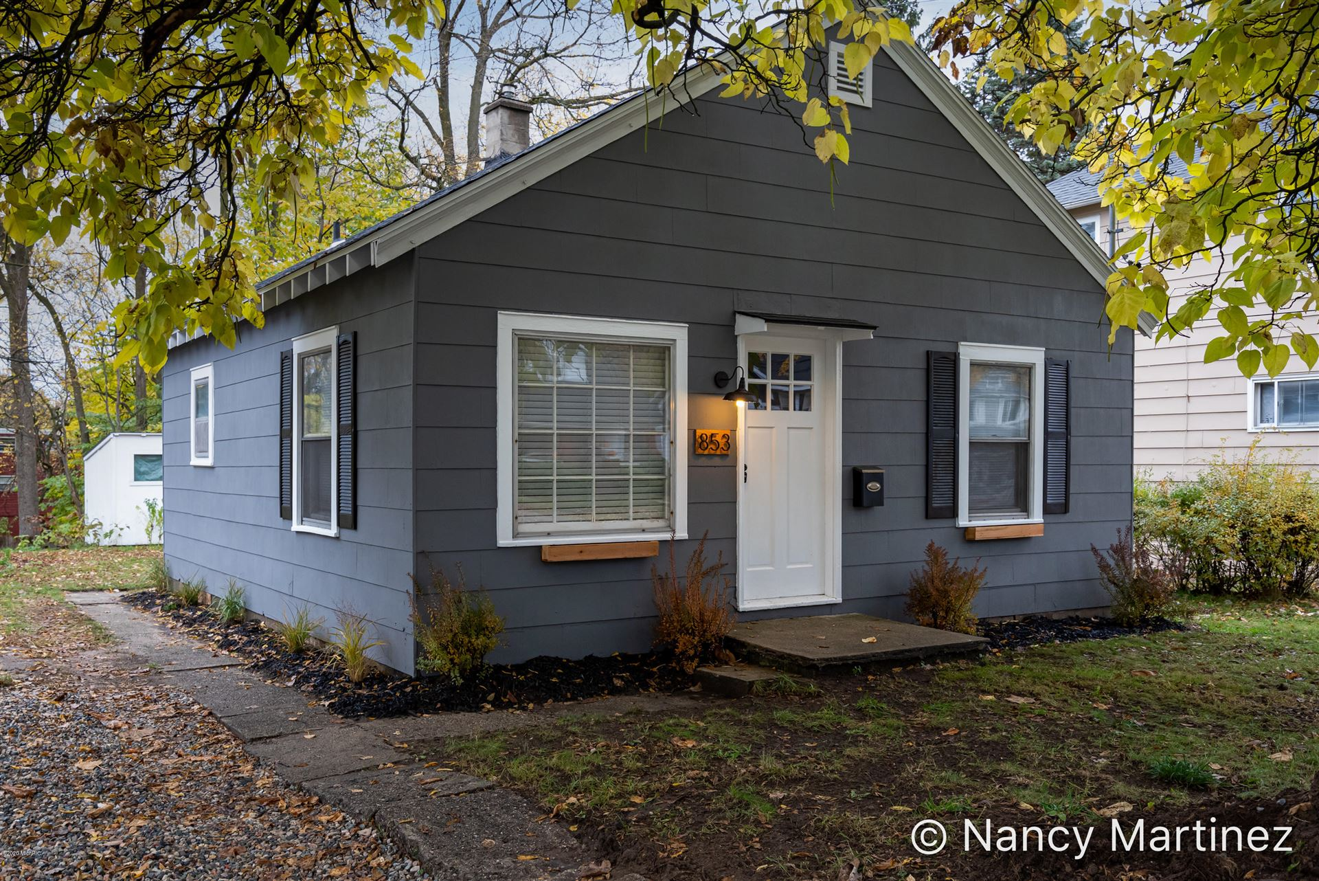 853 Diamond Avenue NE, Grand Rapids, MI 49503 - MLS#: 20045416