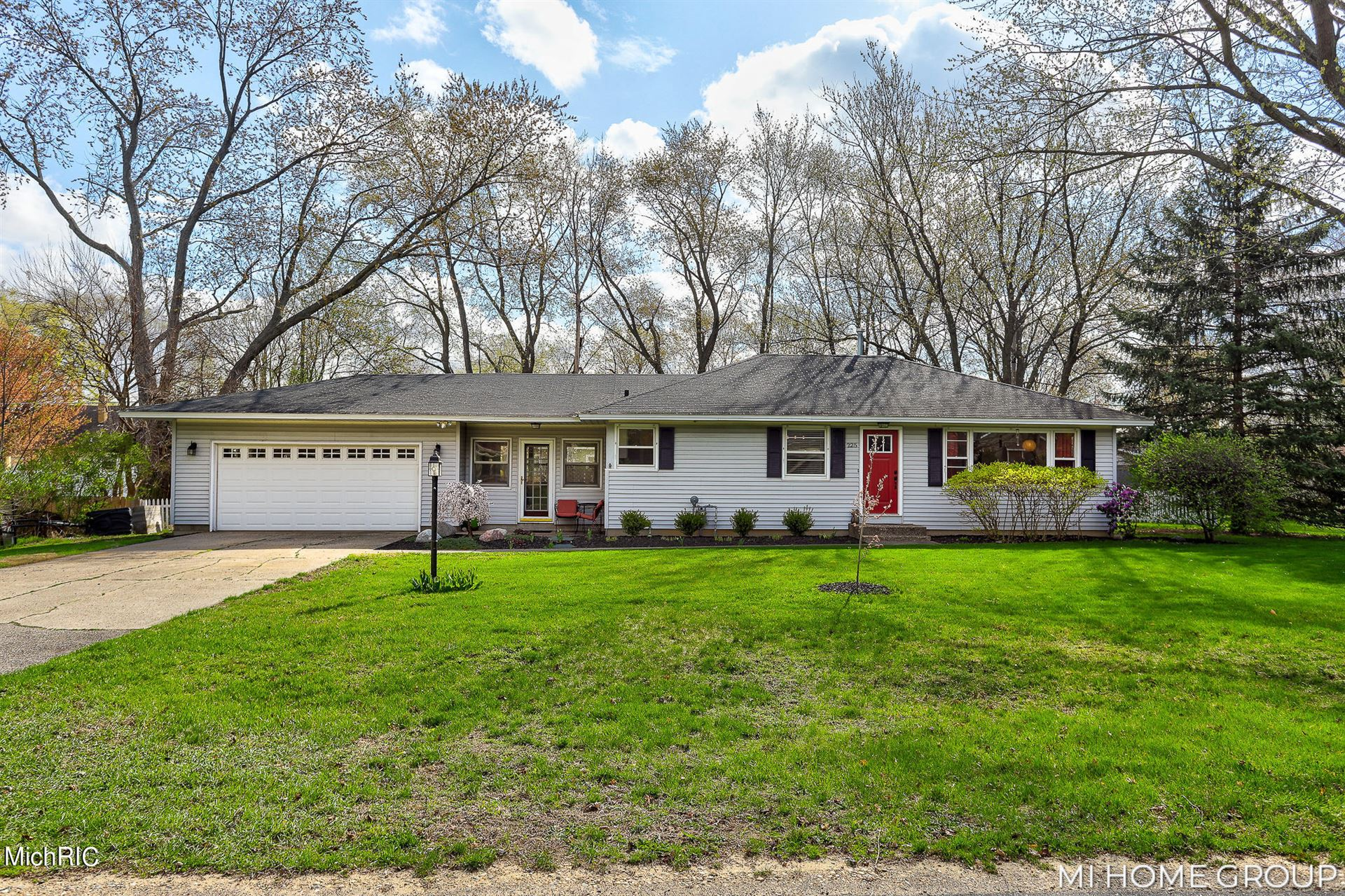 225 Glendale Avenue, Holland, MI 49423 - MLS#: 21012418