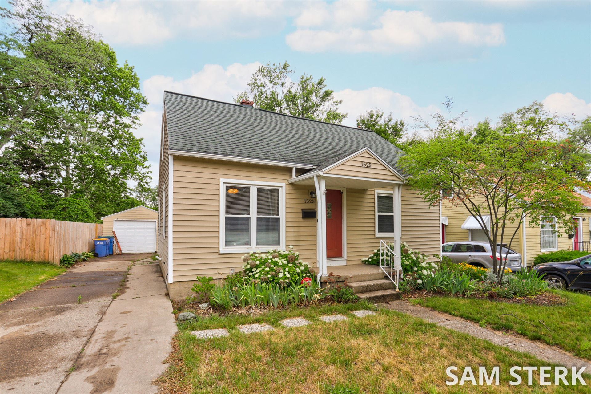1525 Edward Avenue SE, Grand Rapids, MI 49507 - MLS#: 21024420