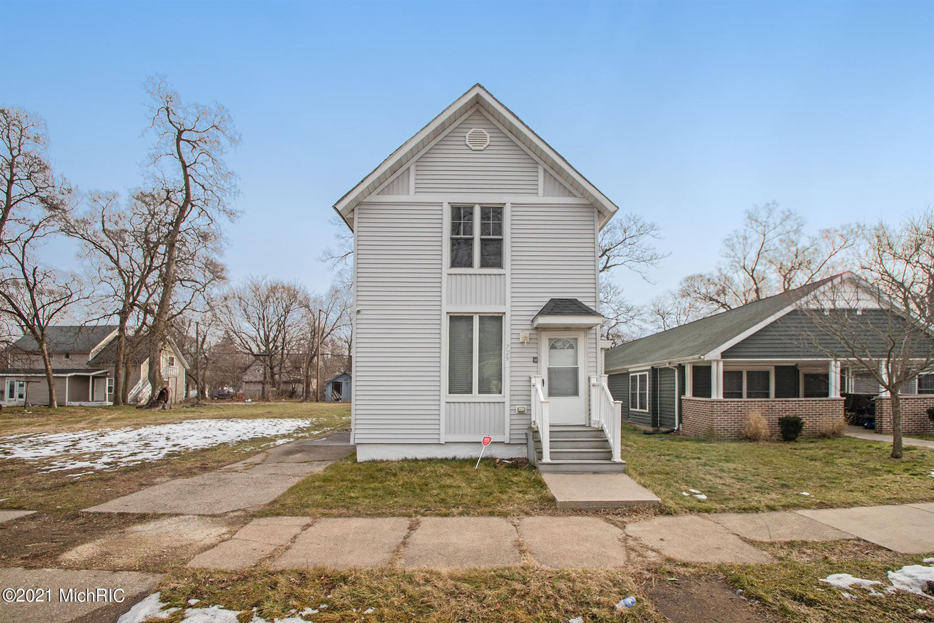 729 Columbus Avenue, Benton Harbor, MI 49022 - MLS#: 21001422