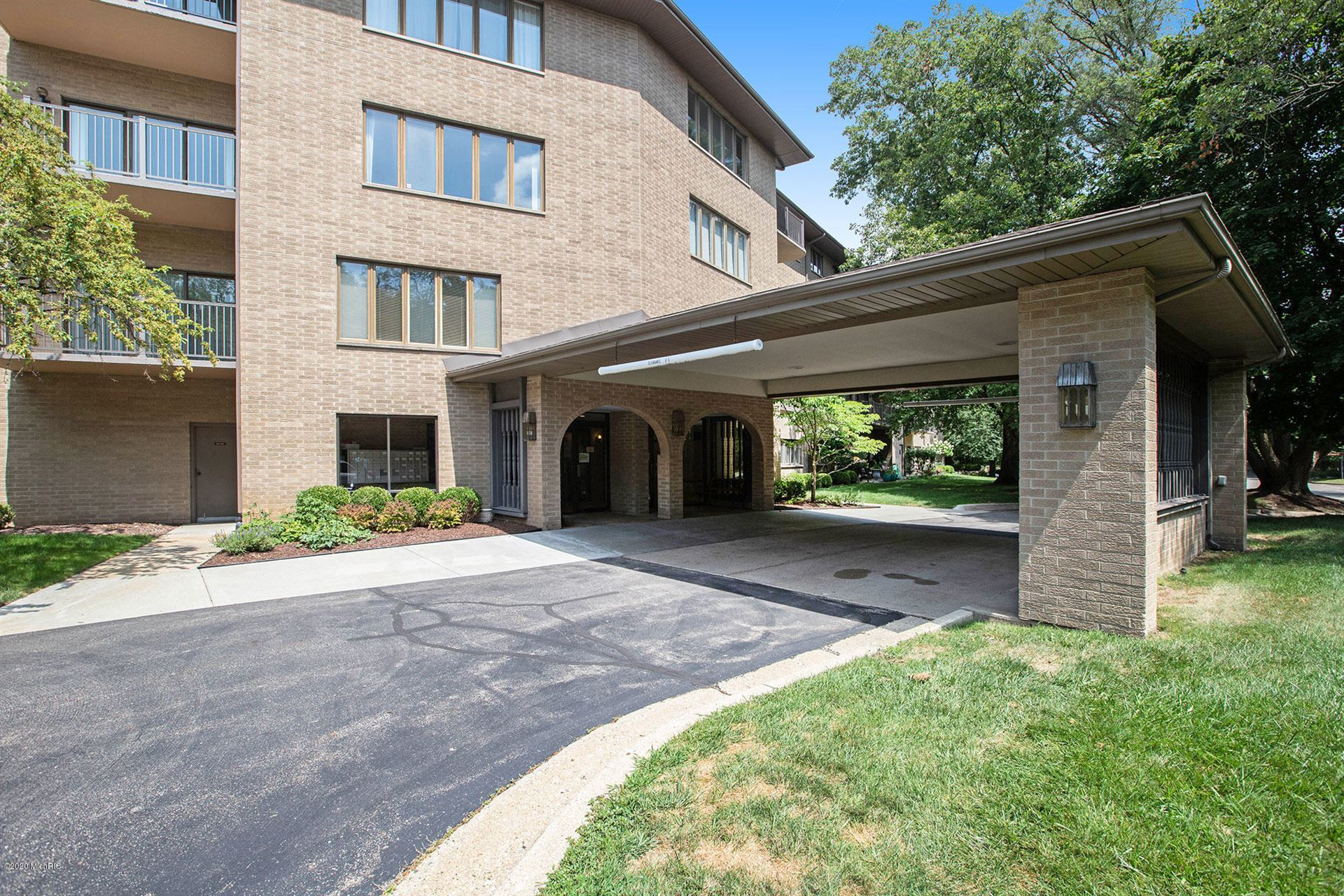 4040 Greenleaf Circle #305, Kalamazoo, MI 49008 - MLS#: 20032429
