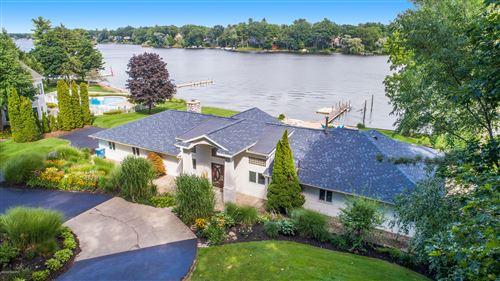 Photo of 18684 West Spring Lake Road, Spring Lake, MI 49456 (MLS # 20030431)