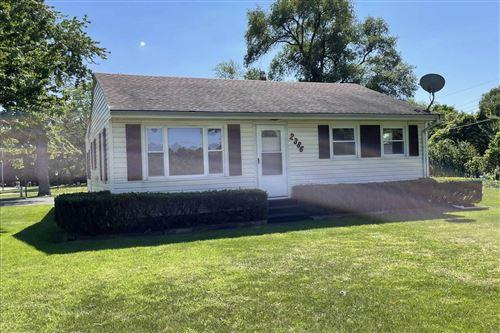 Photo of 2386 W Glenlord Road, Stevensville, MI 49127 (MLS # 21103435)