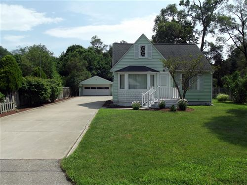 Photo of 450 Rose Park Drive, Holland, MI 49424 (MLS # 20026437)