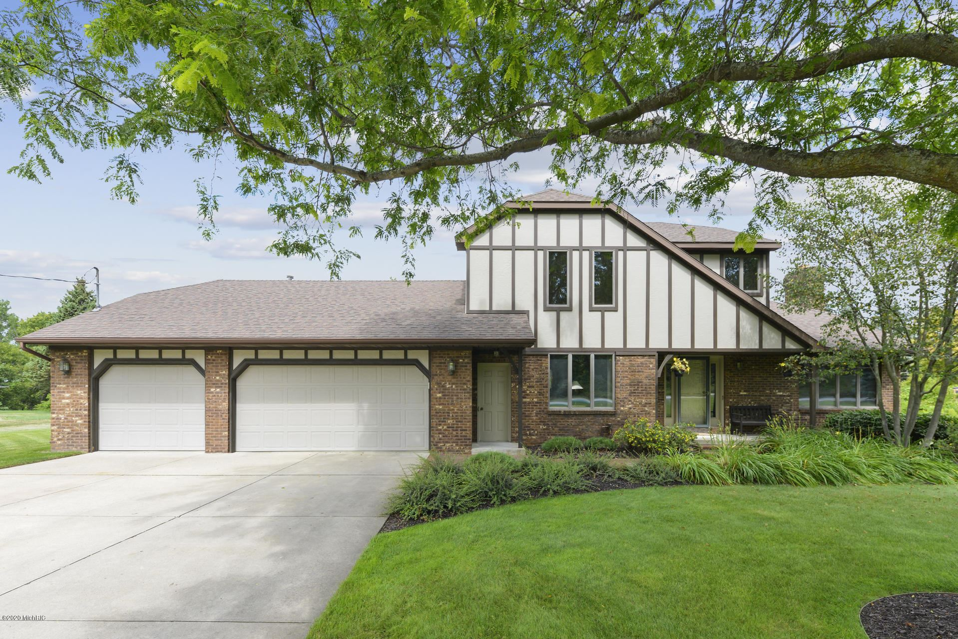 335 Greenridge Drive NW, Walker, MI 49544 - MLS#: 20011440