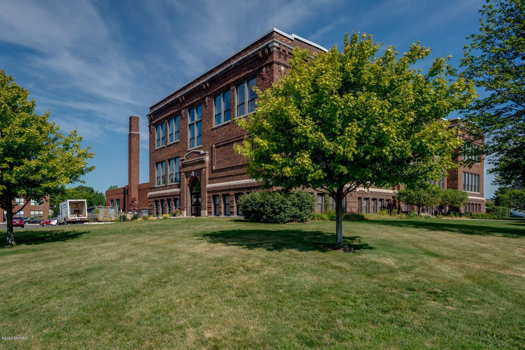 460 Broadway #202, South Haven, MI 49090 - MLS#: 20040443