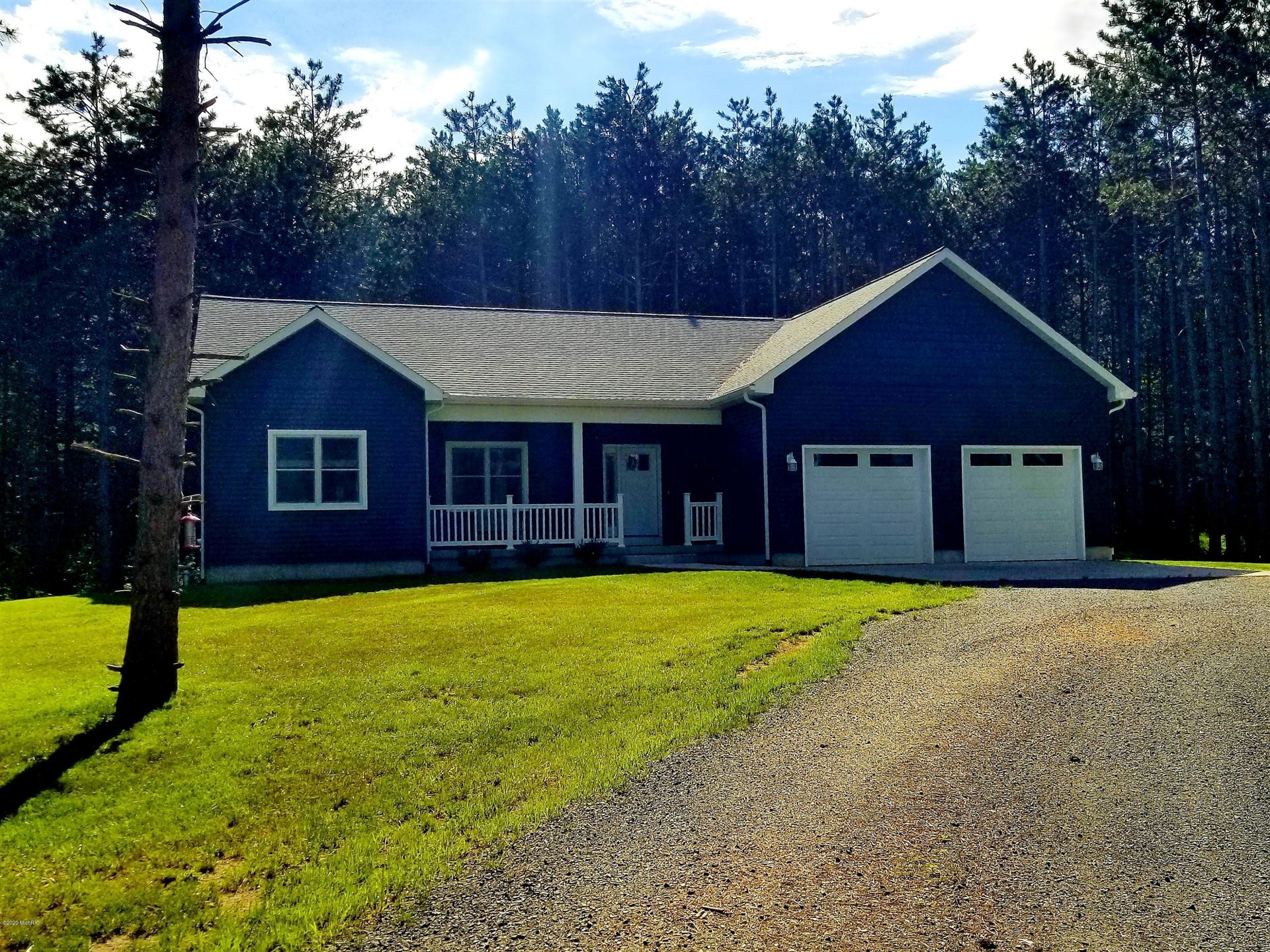 304 S Quarterline Road, Scottville, MI 49454 - MLS#: 20019447