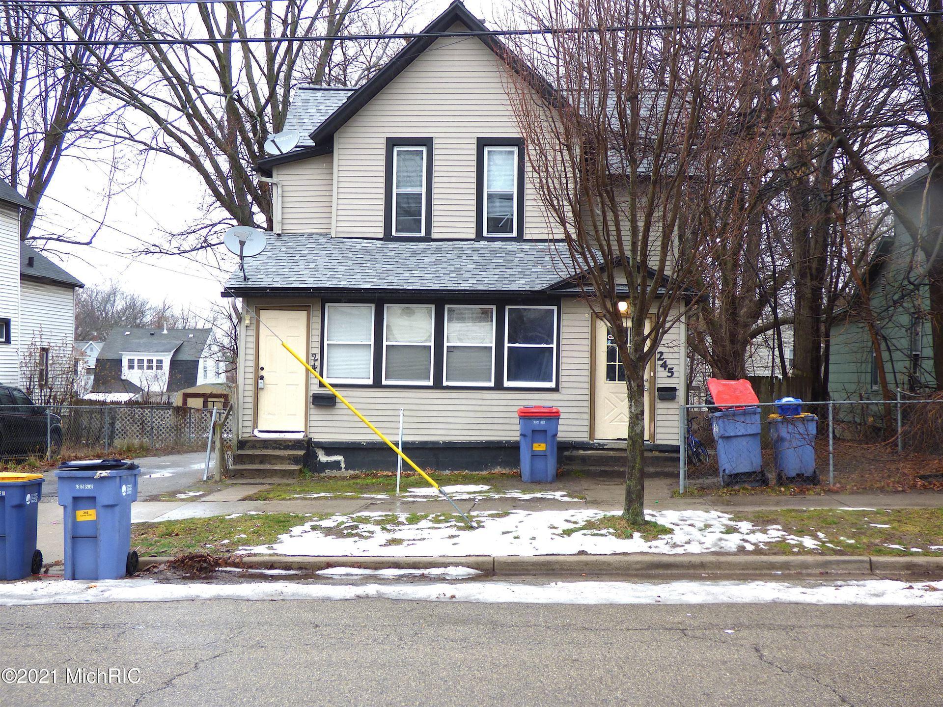241 Carrier Street NE, Grand Rapids, MI 49505 - MLS#: 21001449
