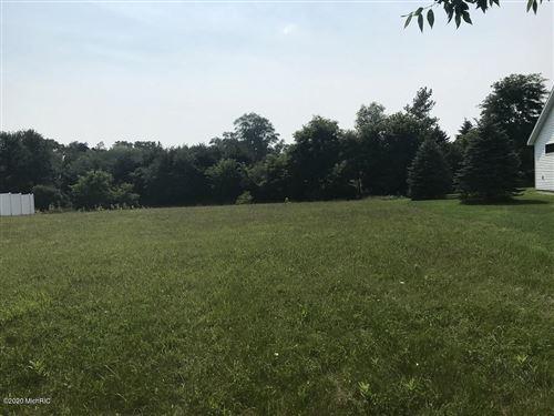 Photo of 354 Parkside Lane, Douglas, MI 49406 (MLS # 20032451)