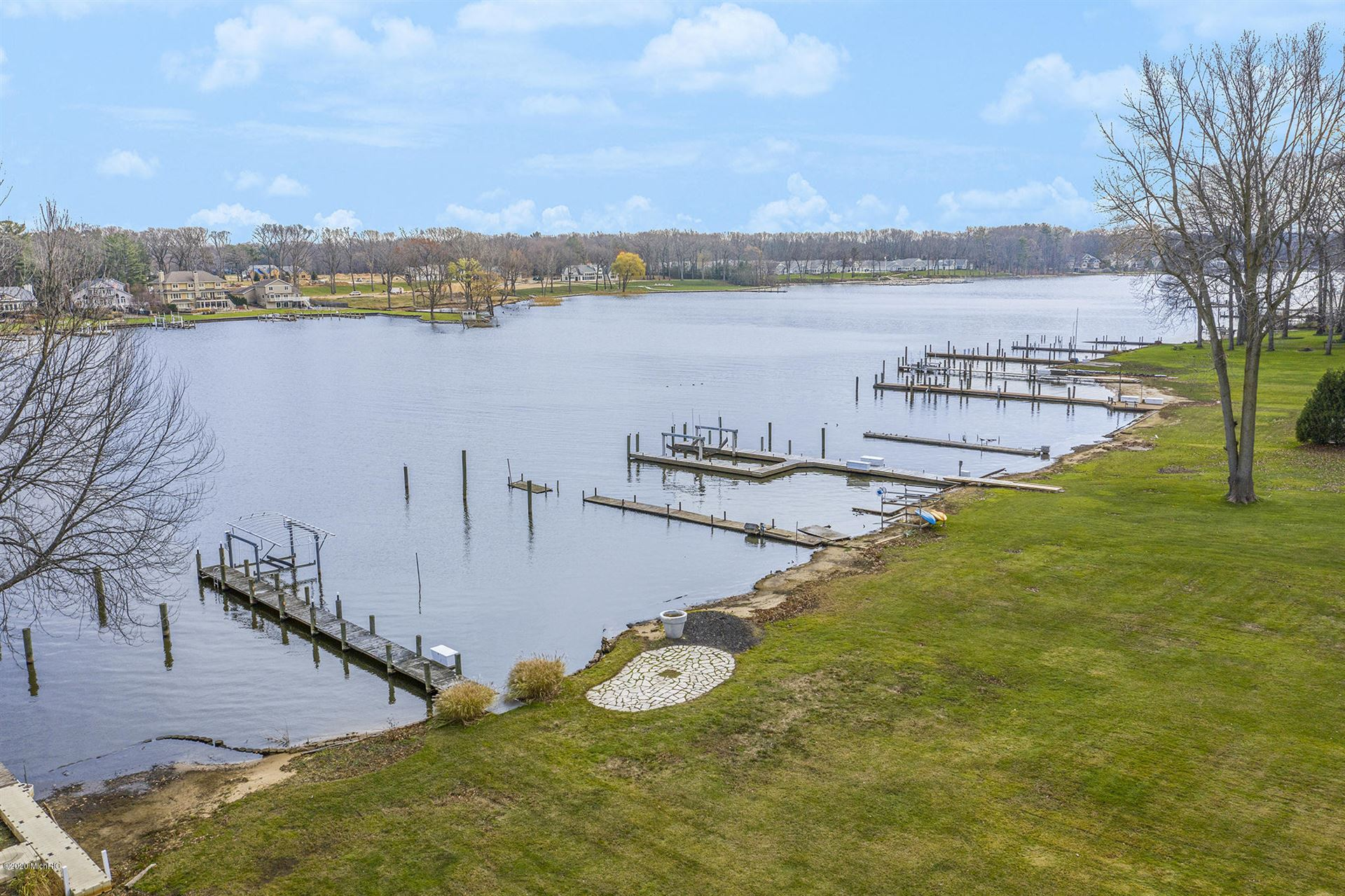Photo of 86 Forest Hills Drive, Holland, MI 49424 (MLS # 20048453)