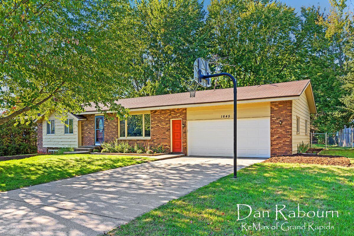 1645 Stonybrook Drive, Jenison, MI 49428 - MLS#: 21108456
