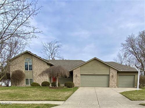 Photo of 2309 Birnam Woods Drive NE, Grand Rapids, MI 49505 (MLS # 21011458)