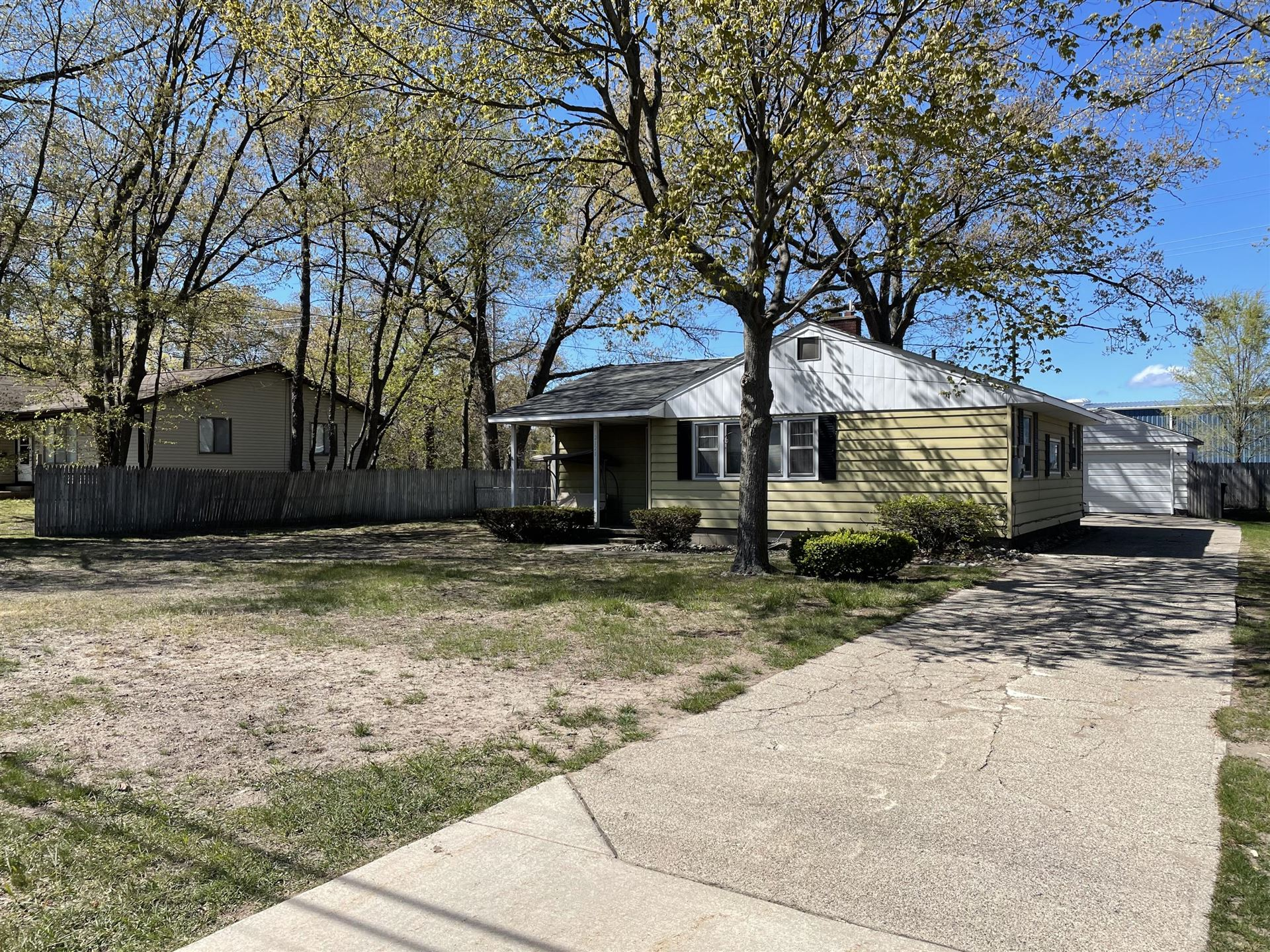 2128 Plainfield Avenue, Norton Shores, MI 49441 - MLS#: 21016458