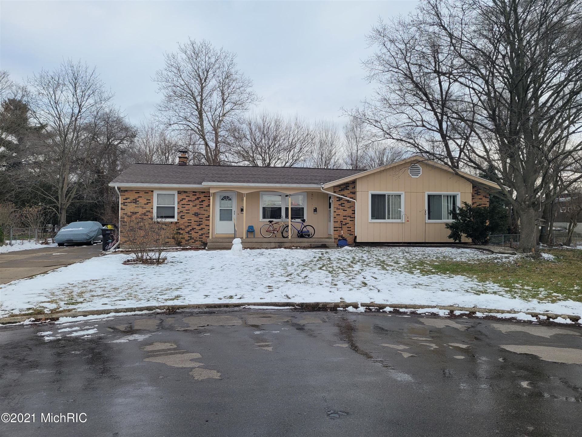 3514 Wyoming Avenue SW, Wyoming, MI 49519 - MLS#: 21002462