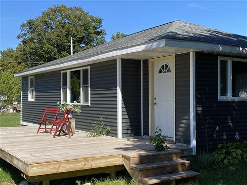 Photo of 129 Oak Street, Freeport, MI 49325 (MLS # 20039468)