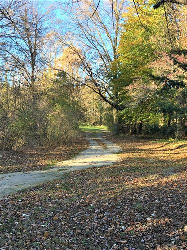 Photo of 7800 Youngren Road, Harbert, MI 49115 (MLS # 20044470)
