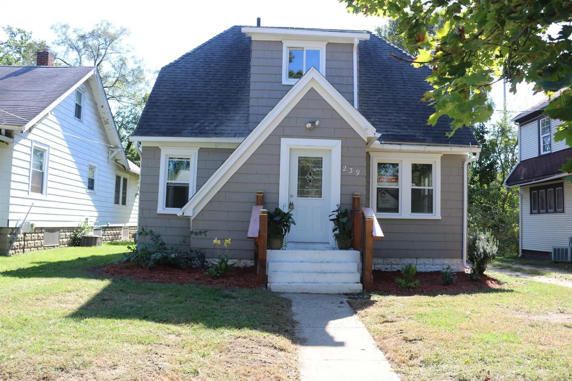 239 W Palmer Avenue, Jackson, MI 49203 - MLS#: 21108471