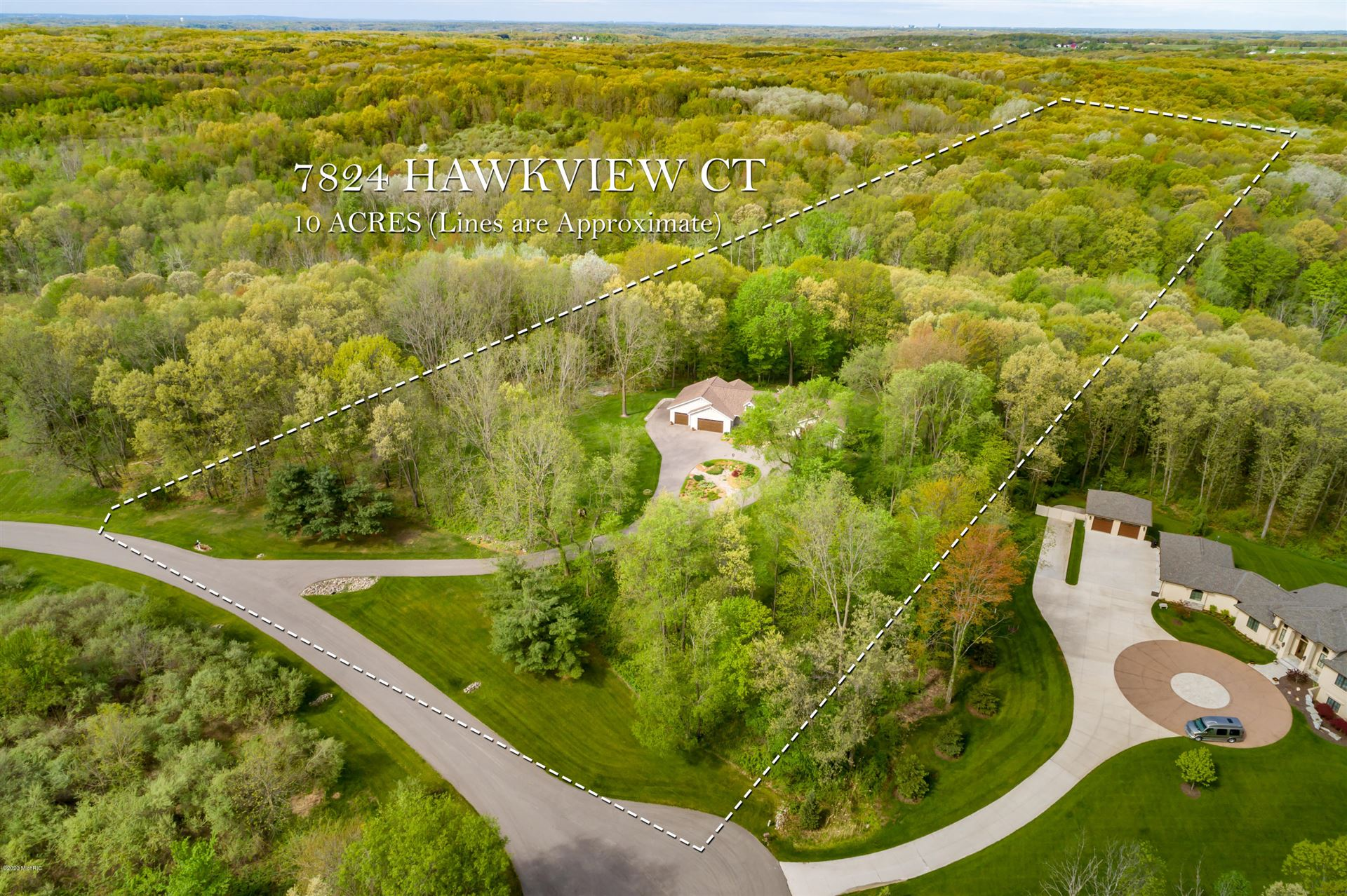 Photo of 7824 Hawkview Court, Ada, MI 49301 (MLS # 20017473)