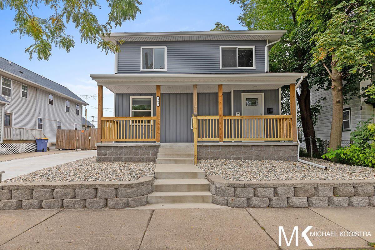 569 Sheldon Avenue SE, Grand Rapids, MI 49503 - MLS#: 21109477