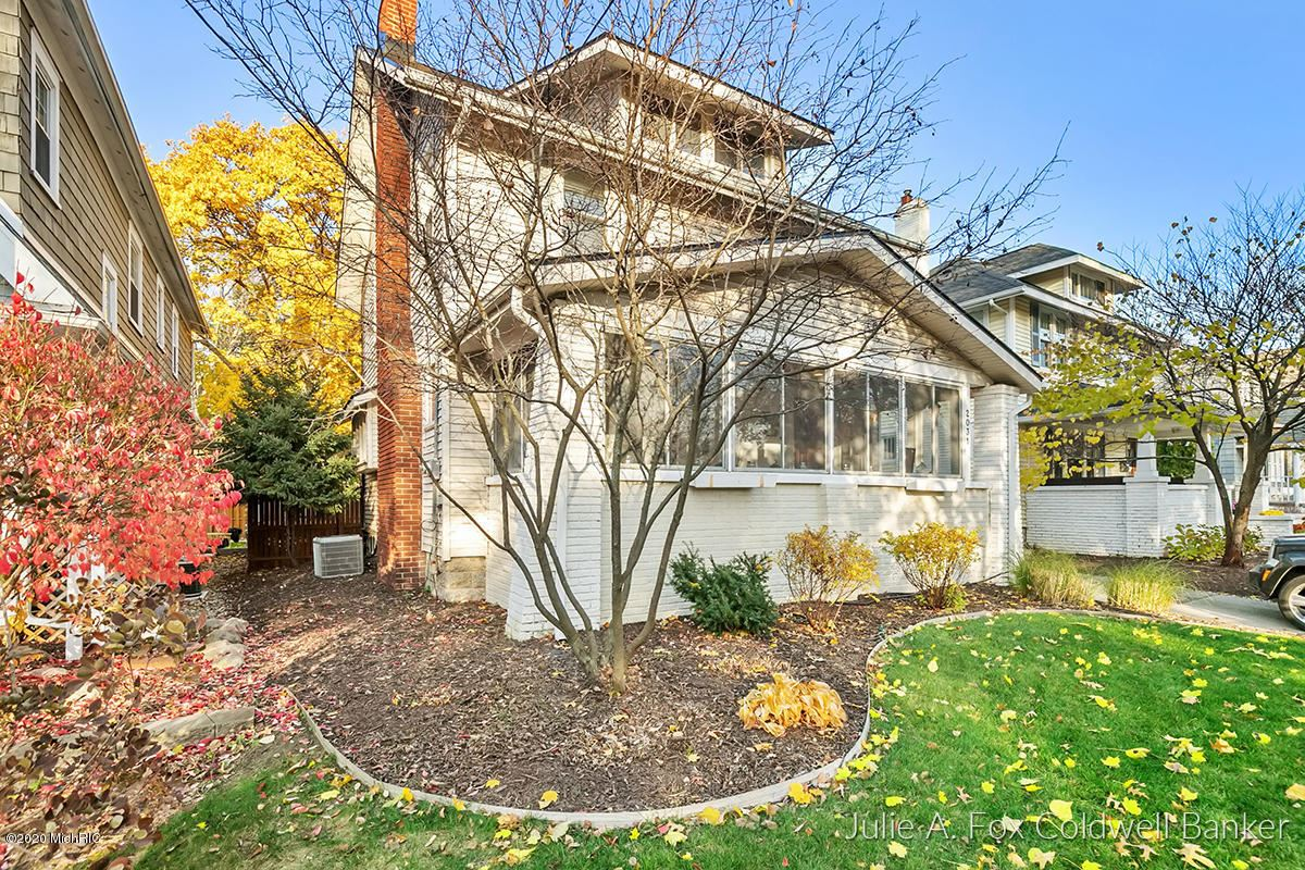 Photo of 2031 Wealthy Street SE, East Grand Rapids, MI 49506 (MLS # 21000487)