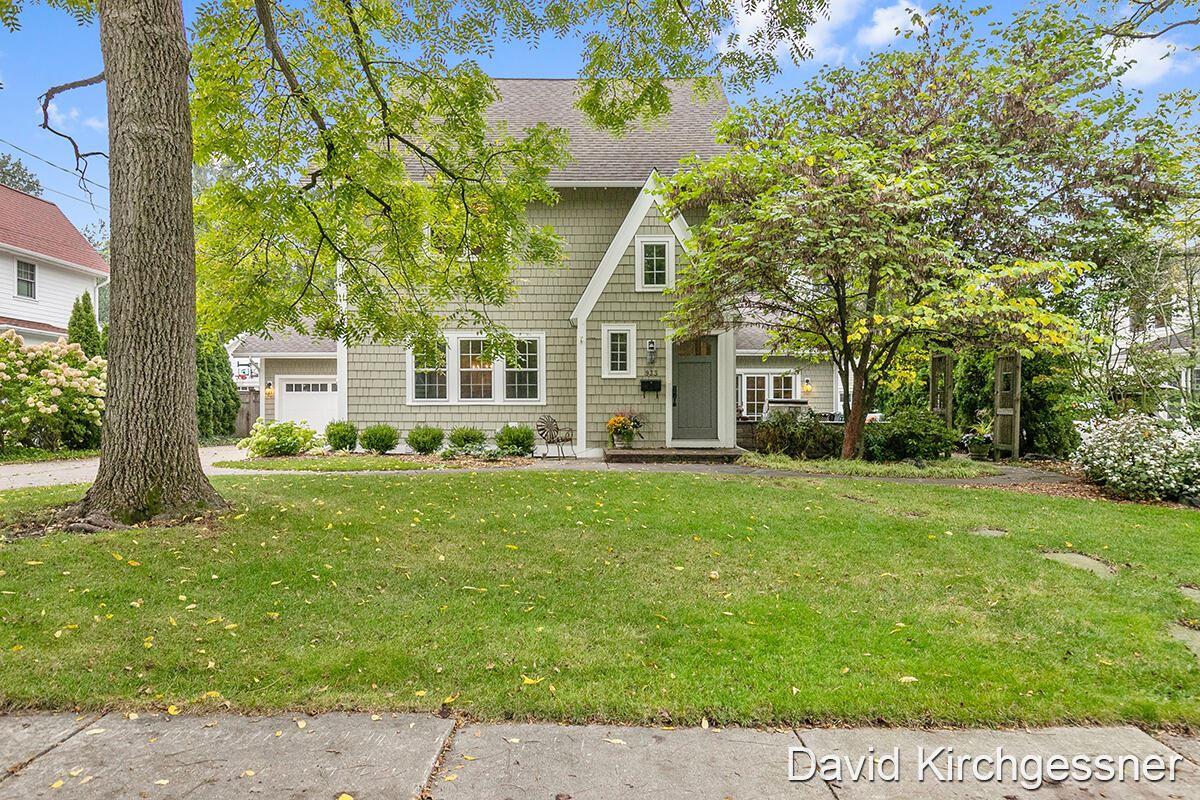933 Pinecrest Avenue SE, Grand Rapids, MI 49506 - MLS#: 21110492