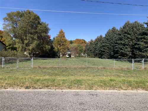 Photo of W Roosevelt, Ludington, MI 49431 (MLS # 21006493)