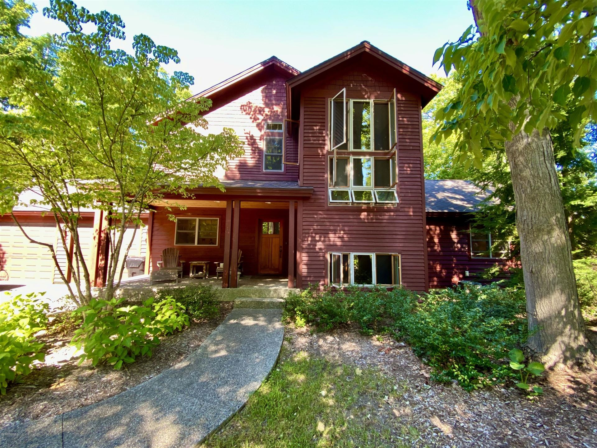 975 Ridgeview Lane, Saugatuck, MI 49453 - MLS#: 20035500