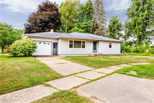 Photo of 390 W Maple Street, Coloma, MI 49038 (MLS # 20030501)
