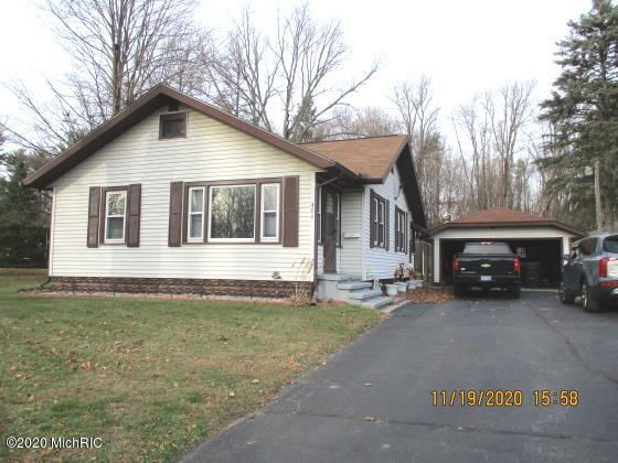 406 W 4th Street, Buchanan, MI 49107 - MLS#: 20048501