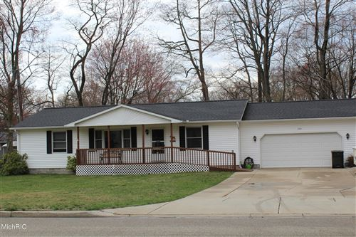 Photo of 2281 Barclay Street, Muskegon, MI 49441 (MLS # 21011503)