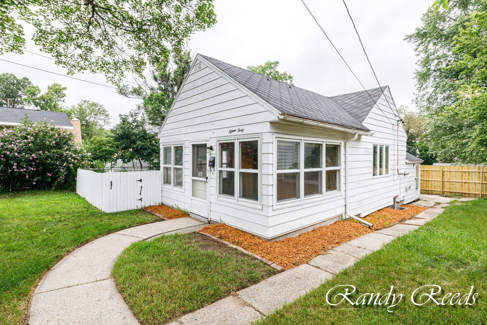 1540 Valley Avenue NW, Grand Rapids, MI 49504 - MLS#: 21097512