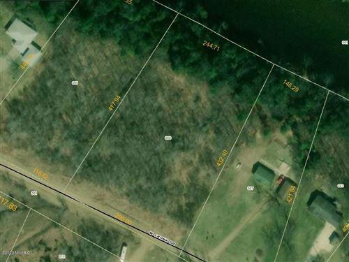 Photo of Lot 6 Cronk Drive, Newaygo, MI 49337 (MLS # 20017513)