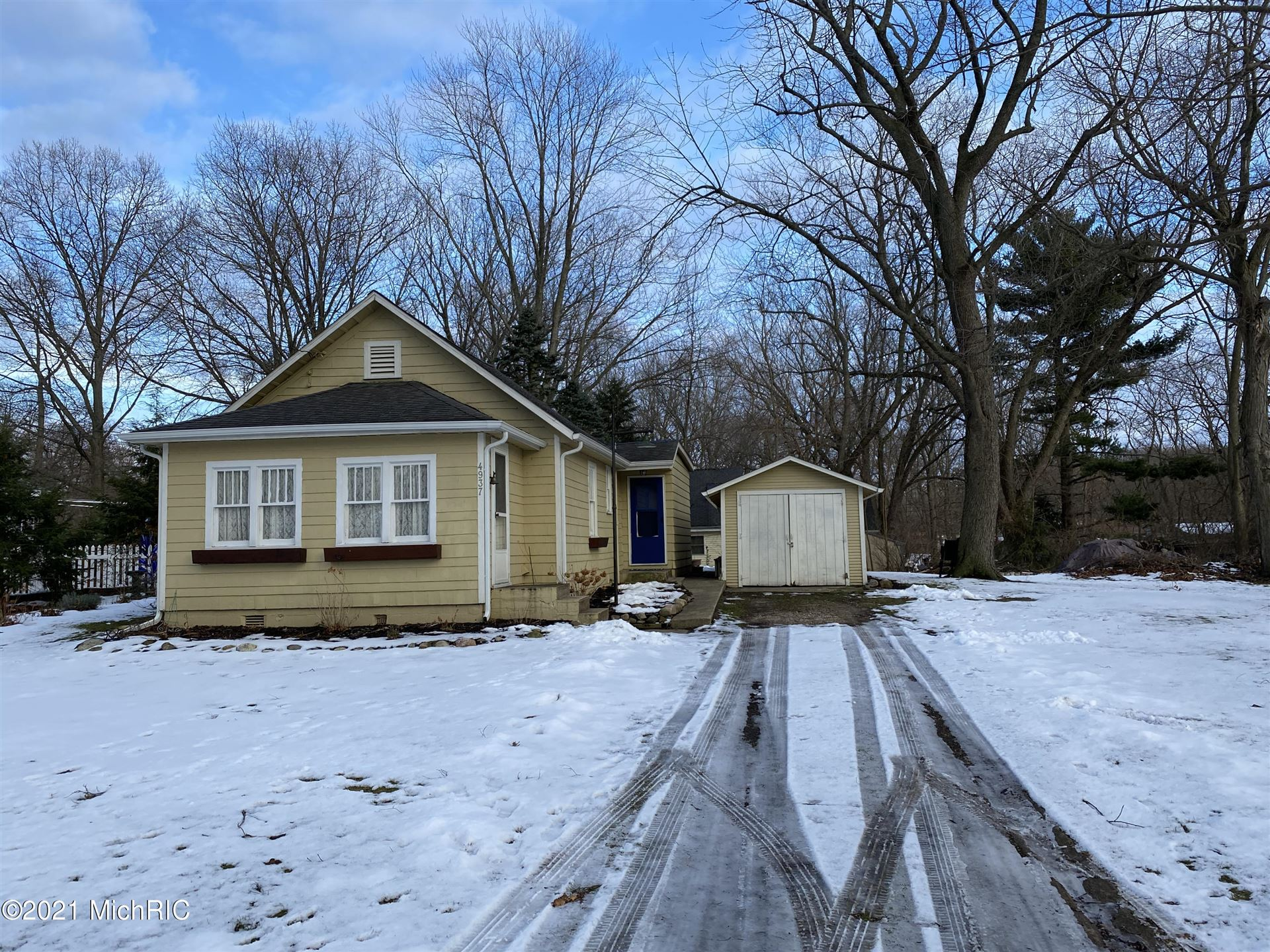 4937 Michigan Path, Stevensville, MI 49127 - MLS#: 21000516