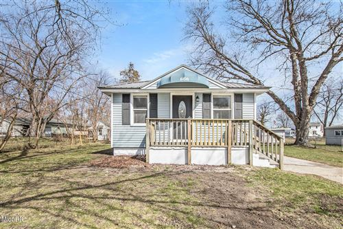 Photo of 866 Wilson Avenue, Muskegon, MI 49441 (MLS # 21011517)