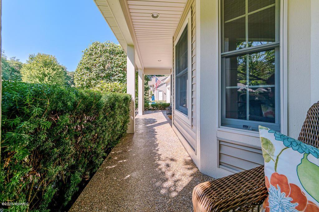Photo of 15268 Vintage Avenue, Grand Haven, MI 49417 (MLS # 20034519)