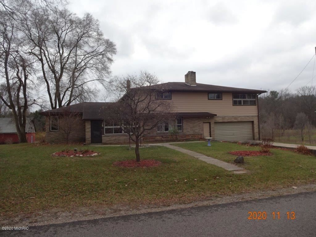 964 11 Mile Road NE, Comstock Park, MI 49321 - MLS#: 20047520
