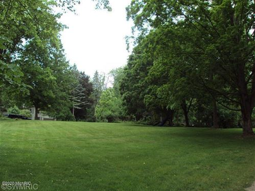 Photo of 31 and 33 Highland Avenue, Hillsdale, MI 49242 (MLS # 20019523)