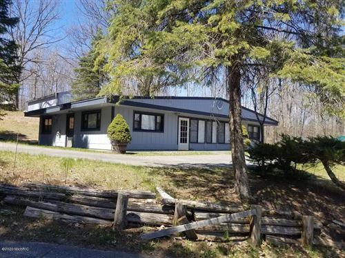 Photo of 17414 W Rose Lake Road, Leroy, MI 49655 (MLS # 20016529)