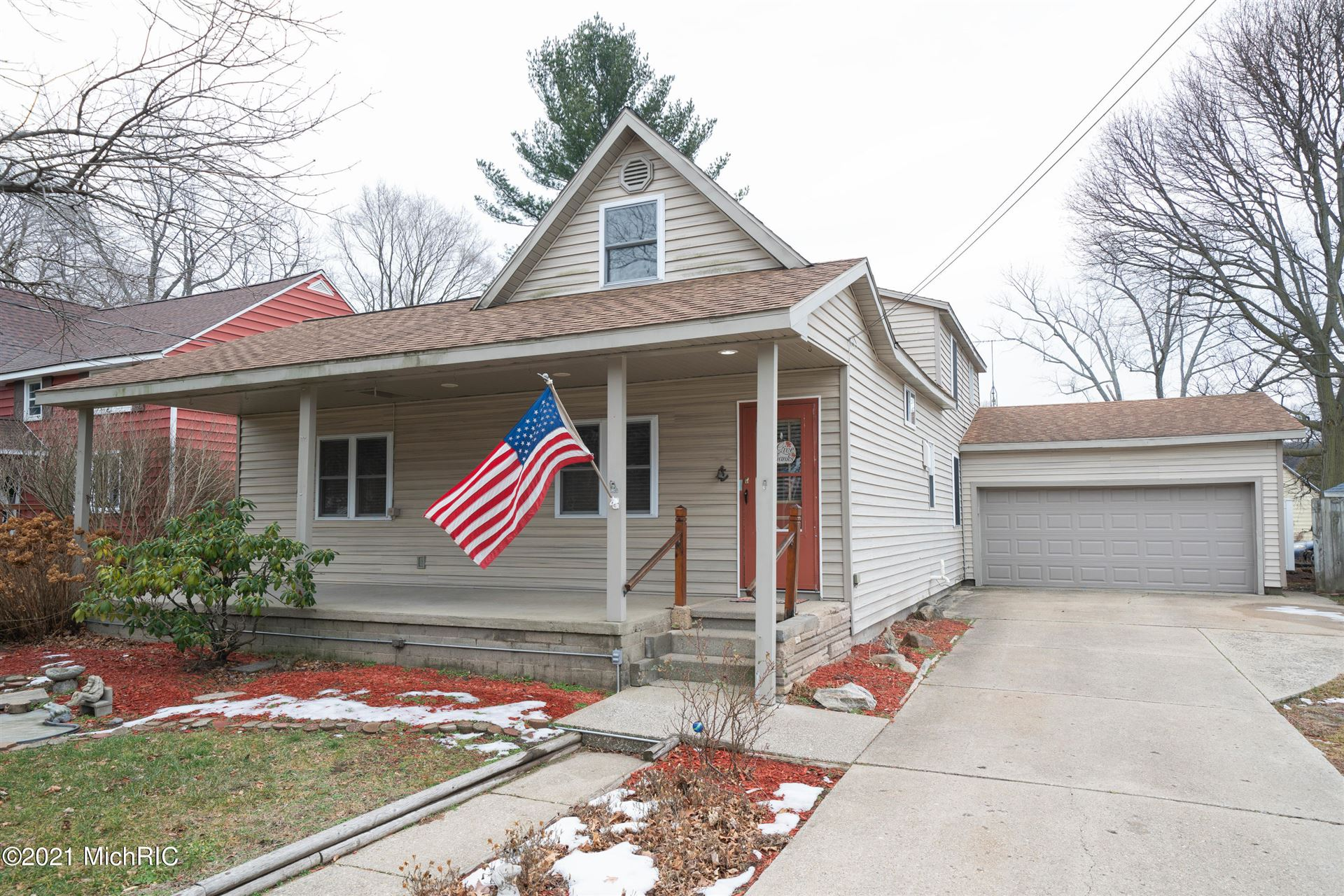 914 Superior Street, South Haven, MI 49090 - MLS#: 21001533