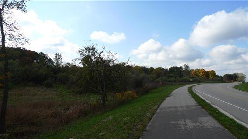 Photo of 8172 Belmont NE, Belmont, MI 49306 (MLS # 17058537)