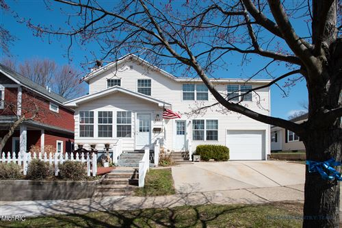 Photo of 227 Howard Avenue, Grand Haven, MI 49417 (MLS # 21010541)