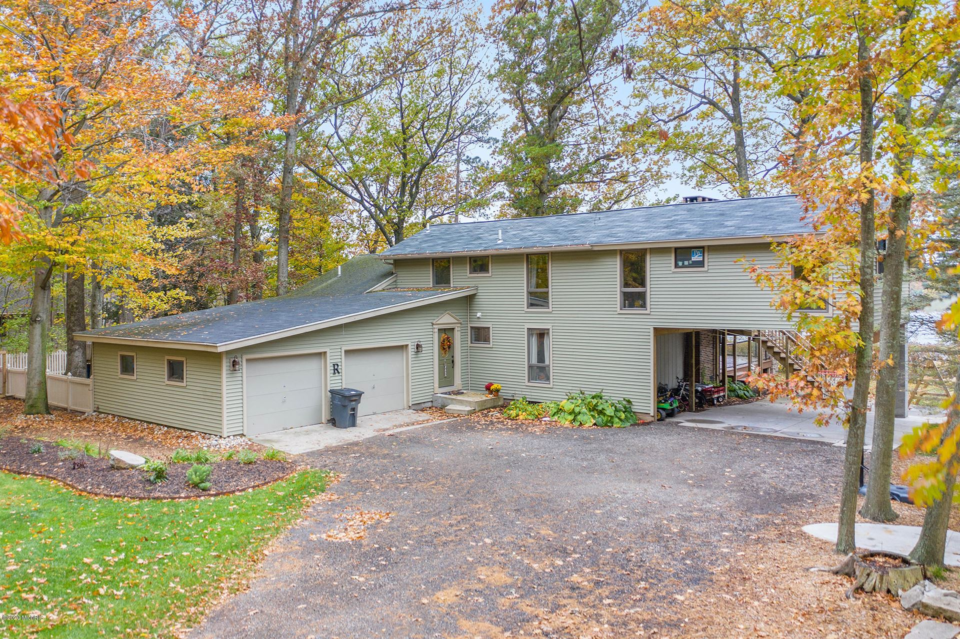 5313 W Lakeview Drive, Pentwater, MI 49449 - MLS#: 20044542