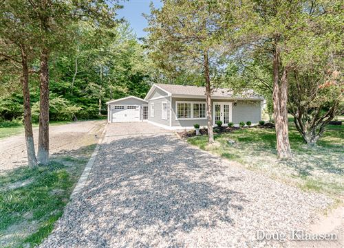Photo of 1110 Golfmere Avenue, South Haven, MI 49090 (MLS # 21032546)