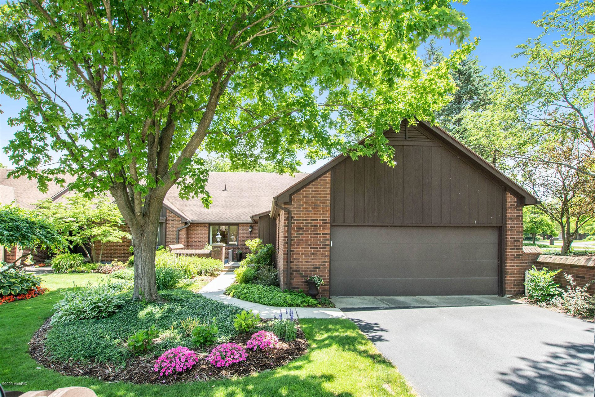 6071 N Gatehouse Drive SE, Grand Rapids, MI 49546 - #: 20024549