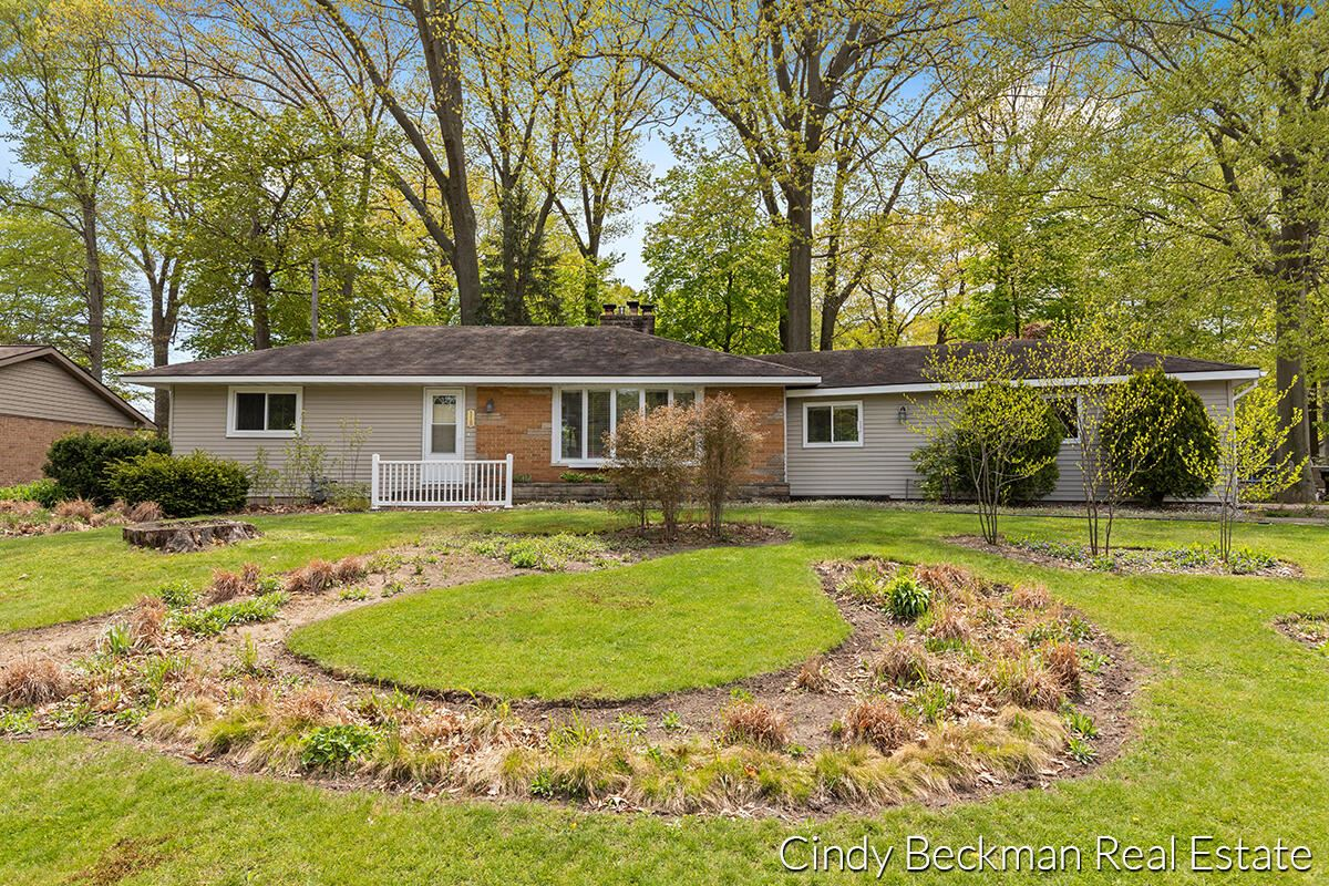 118 W 35th Street, Holland, MI 49423 - MLS#: 21016550