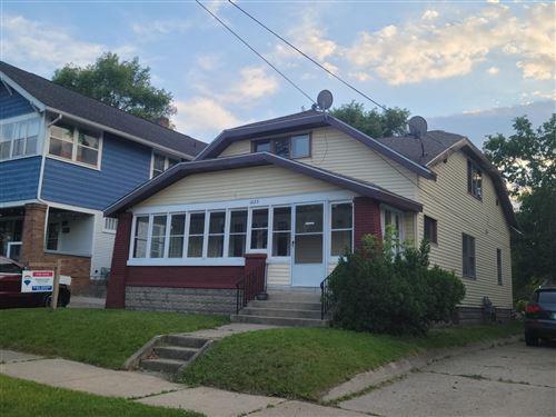 Photo of 1023 Widdicomb Avenue NW, Grand Rapids, MI 49504 (MLS # 21022552)